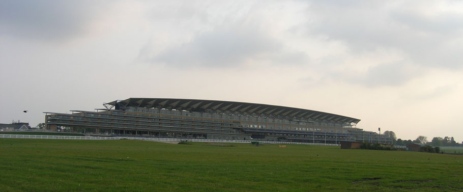 Ascot Grandstand System using Hybrid Cluster