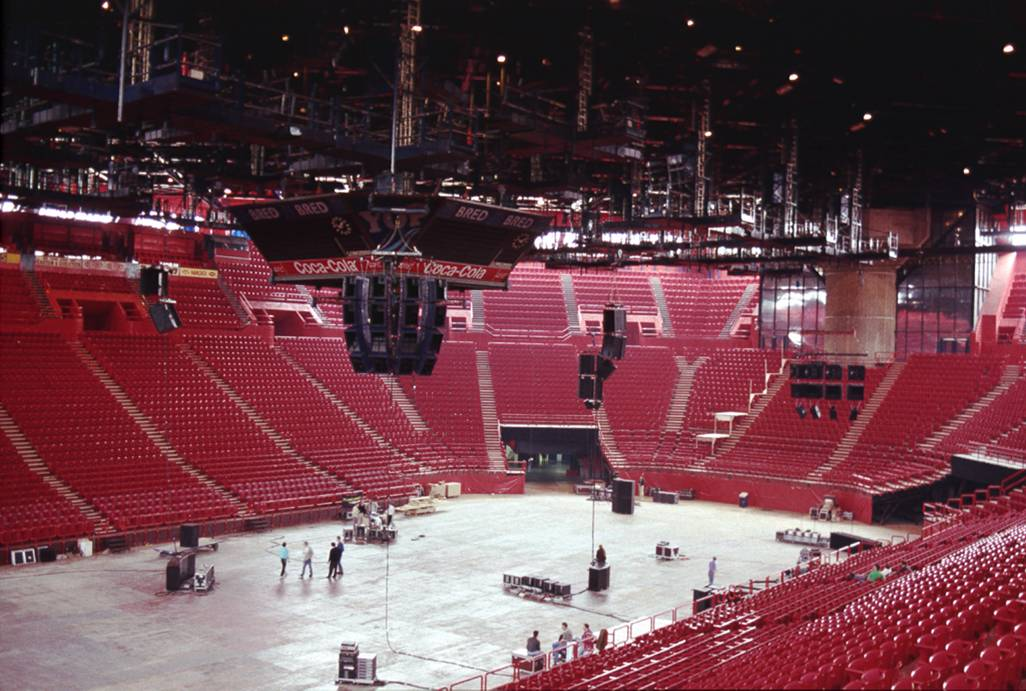 Flashlight System at Bercy Arena, France 1991